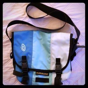 Timbuk2 messenger bag - small